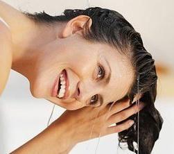 Scrub de sare pentru scalp