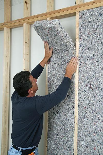 zgomot absorbit de materiale de perete