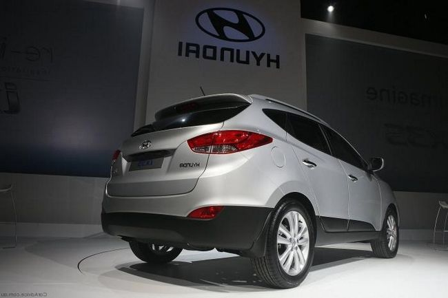 Modern crossover Hyundai IX35 de la constructorul coreean