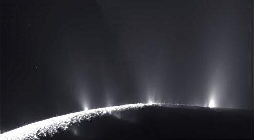 mărimea enceladusului