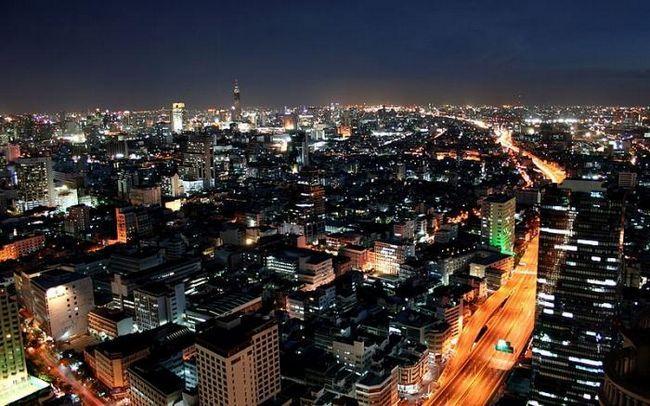 Capitala Thailandei Bangkok este poarta de acces spre Asia de Sud-Est
