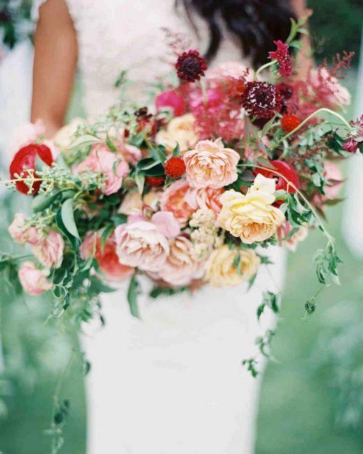 Buchete de mireasa din trandafiri: stiluri, poze