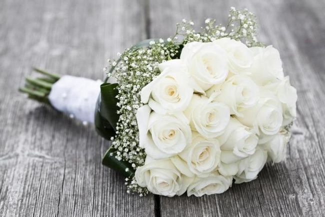 Buchetul de mireasa de nunta este un mic plus pentru un eveniment mare