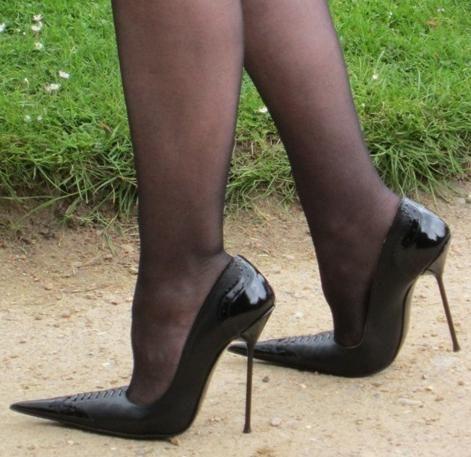 Leads de la picioare, cauze