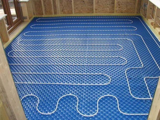izolație termică pentru încălzire prin pardoseală