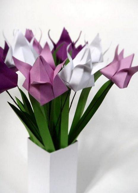 Tulip din hârtie cu mâinile proprii