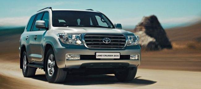 Toyota Land Cruiser 200 - легендарный внедорожник