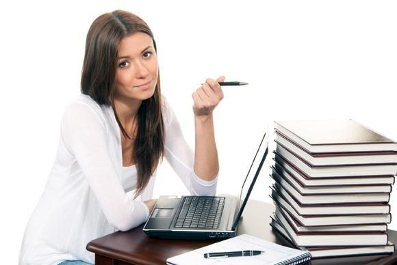 Creativele: cum devin scriitori?