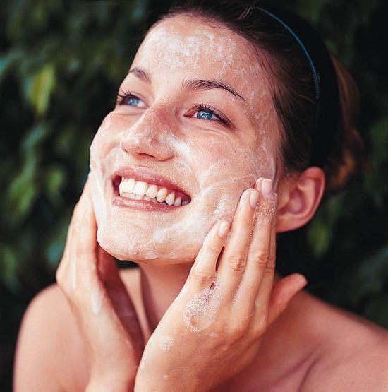 cum să eliminați acneea de pe față
