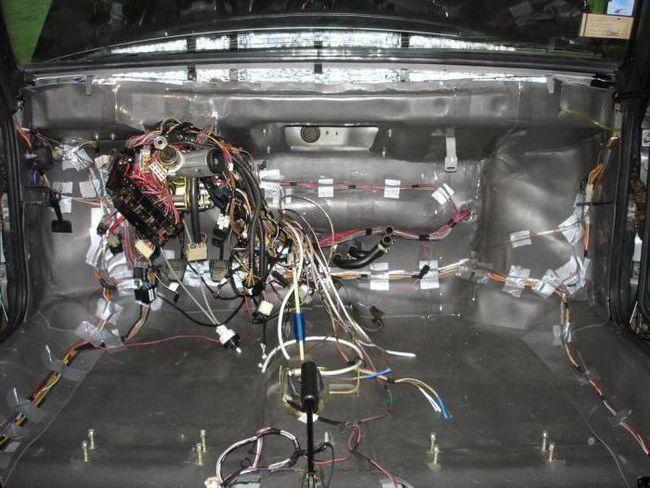 masina de sunet vaz 2107