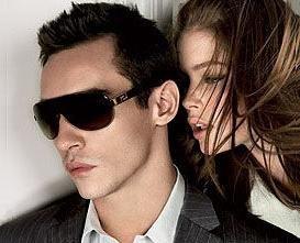 `Versace Bright Crystal` - parfum din faimoasa casa de moda