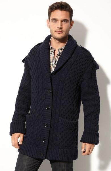 Cardigan tricotat de om