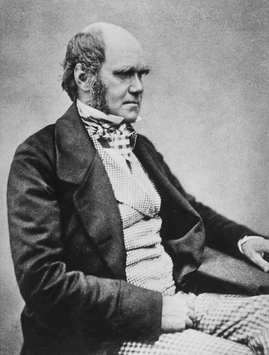 Contribuția lui Charles Darwin la biologie