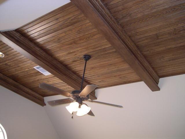 cum să faci un tavan de lemn
