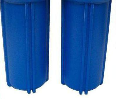 filtrul de apă de către propriile mâini