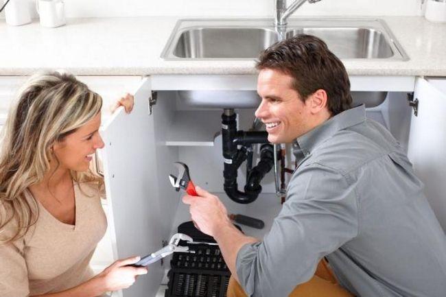 instalații sanitare într-o casă privată cu propriile mâini