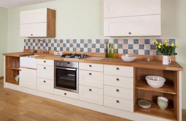 înlocuirea fațadei cu mobilierul de bucătărie
