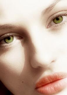 culoarea umbrelor pentru ochii verzi