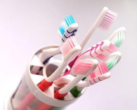 alegerea periuței de dinți
