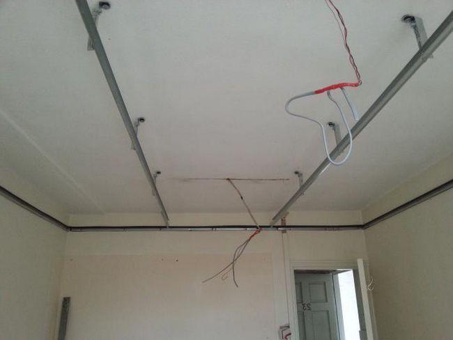 Plafon izolate fonic în apartament sub tavan întins cum să facă